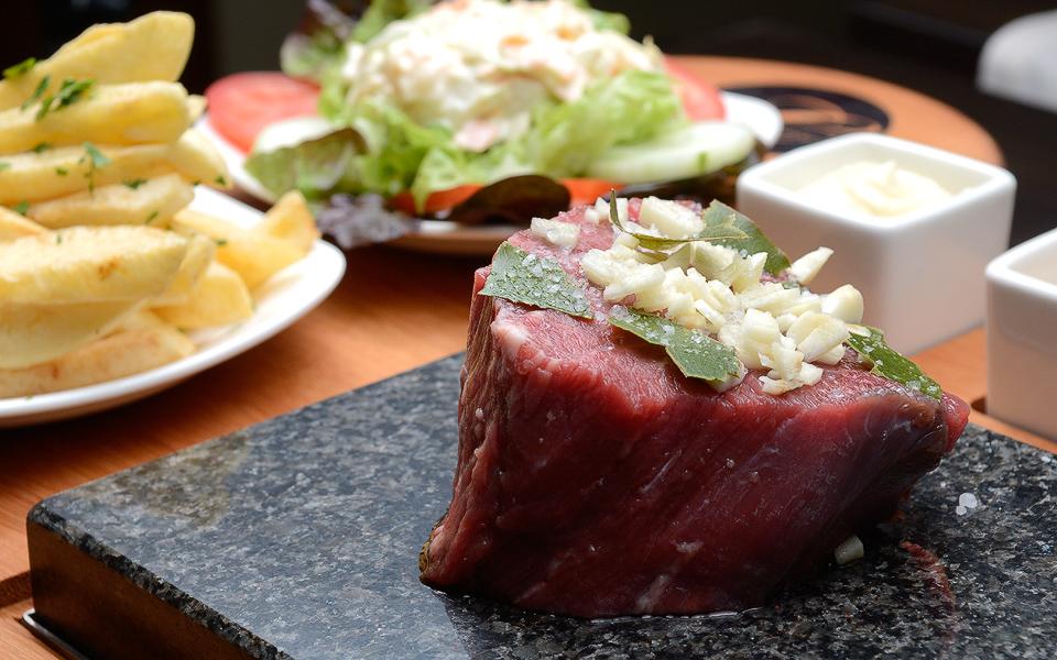 Steak on the Stone - Leeno's