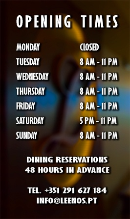 Leenos restaurant opening times